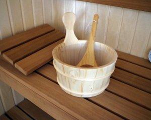 ceber sosnowy -w saunie